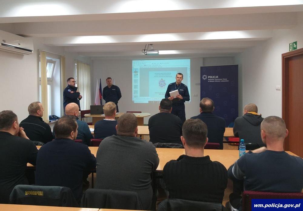 http://www.warminsko-mazurska.policja.gov.pl/dokumenty/zalaczniki/32/32-144904.jpg