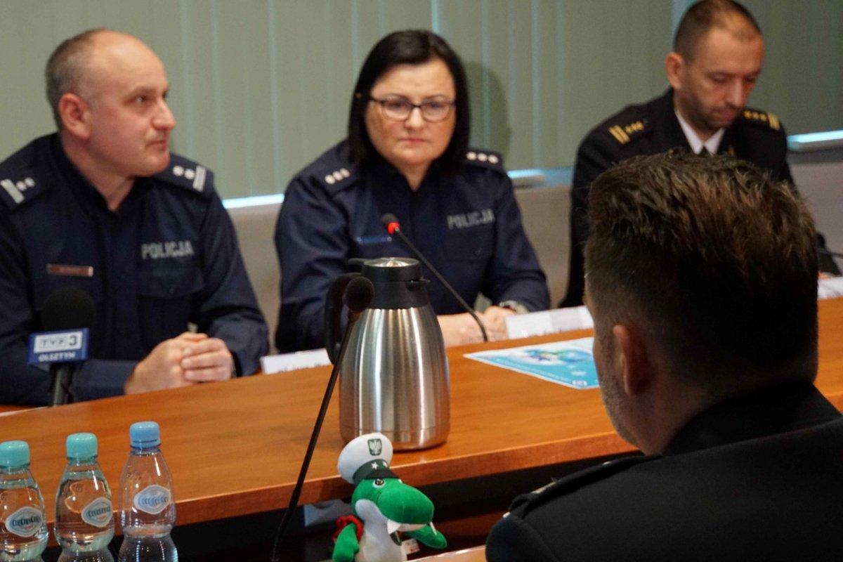 Uczestnicy spotkania w Urzędzie Wojewódzkim w Olsztynie Uczestnicy spotkania w Urzędzie Wojewódzkim w Olsztynie