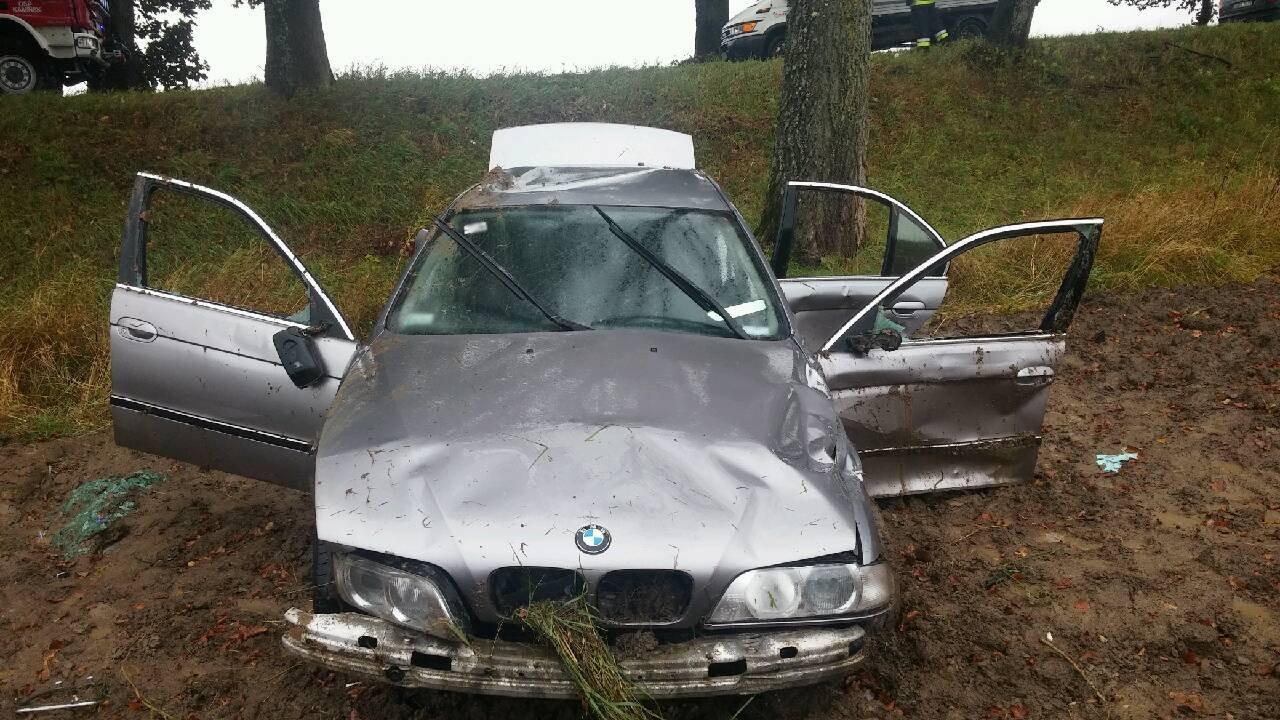 BMW biorące udział w zdarzeniu drogowym #3
